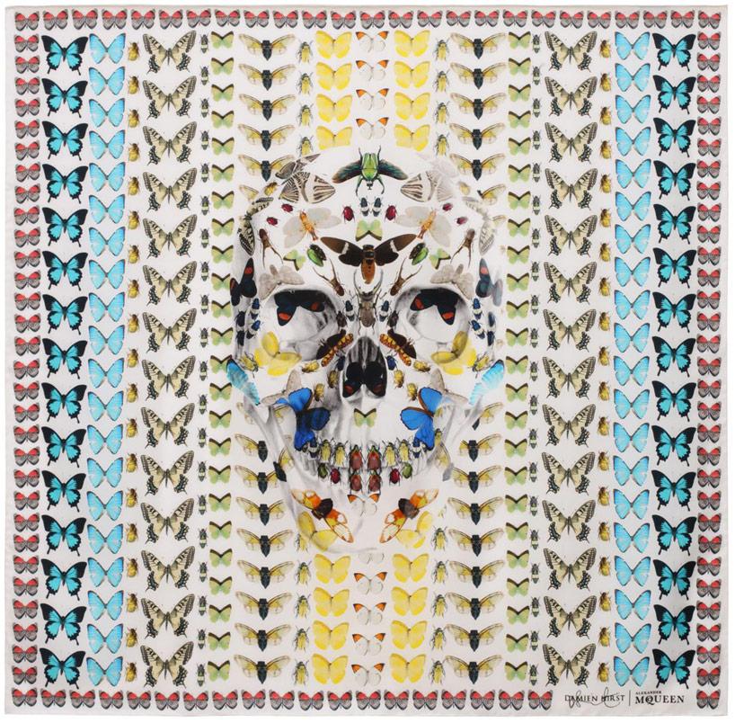 damien-hirst-+-alexander-mcqueen-unveil-skull-scarf-series-designboom-14.jpg