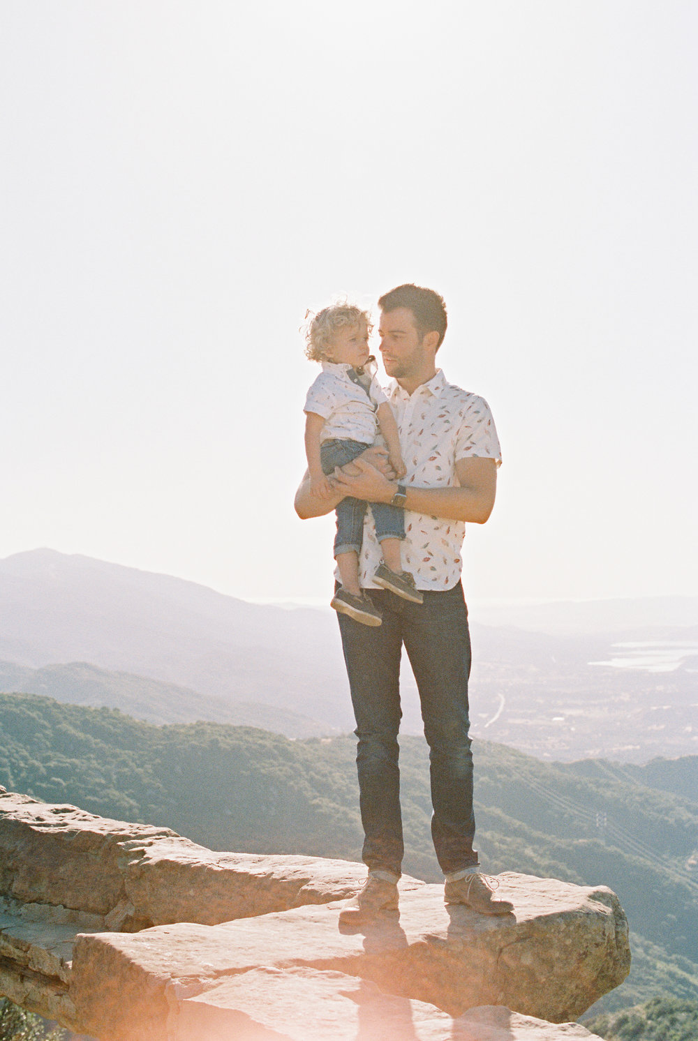 PortraitsTIME | DISTILLED - A PHOTO COLLECTION OF BEAUTIFUL FAMILIES