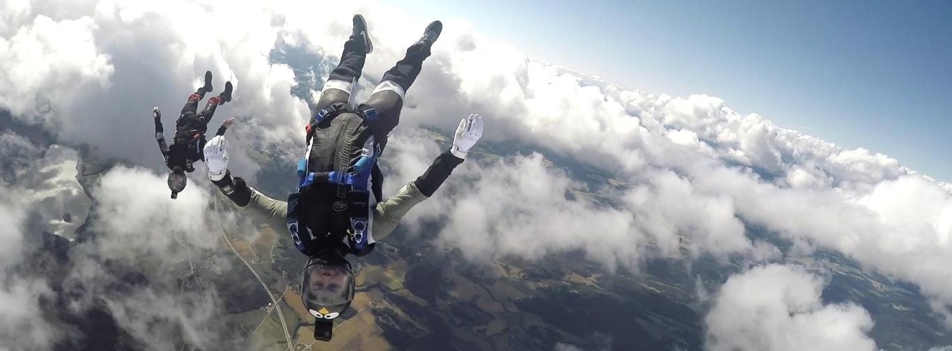 skydive tønseberg fallskjermklubb kurs