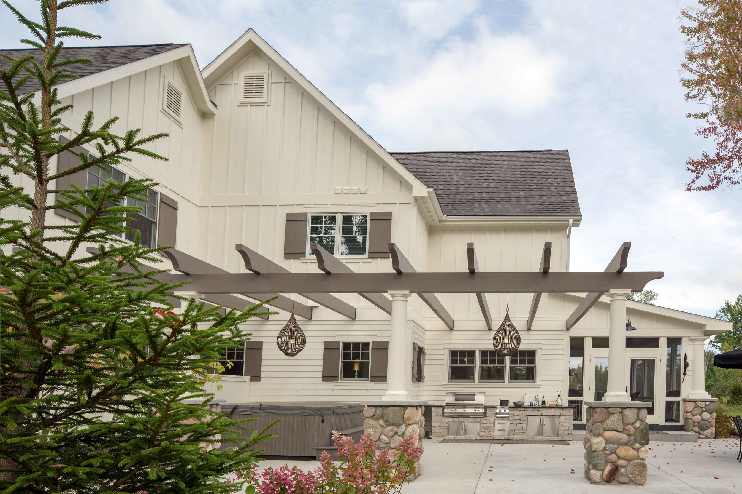 Northern Michigan custom home and remodeling portfolio by builders and contractors, Birchwood Construction Company.