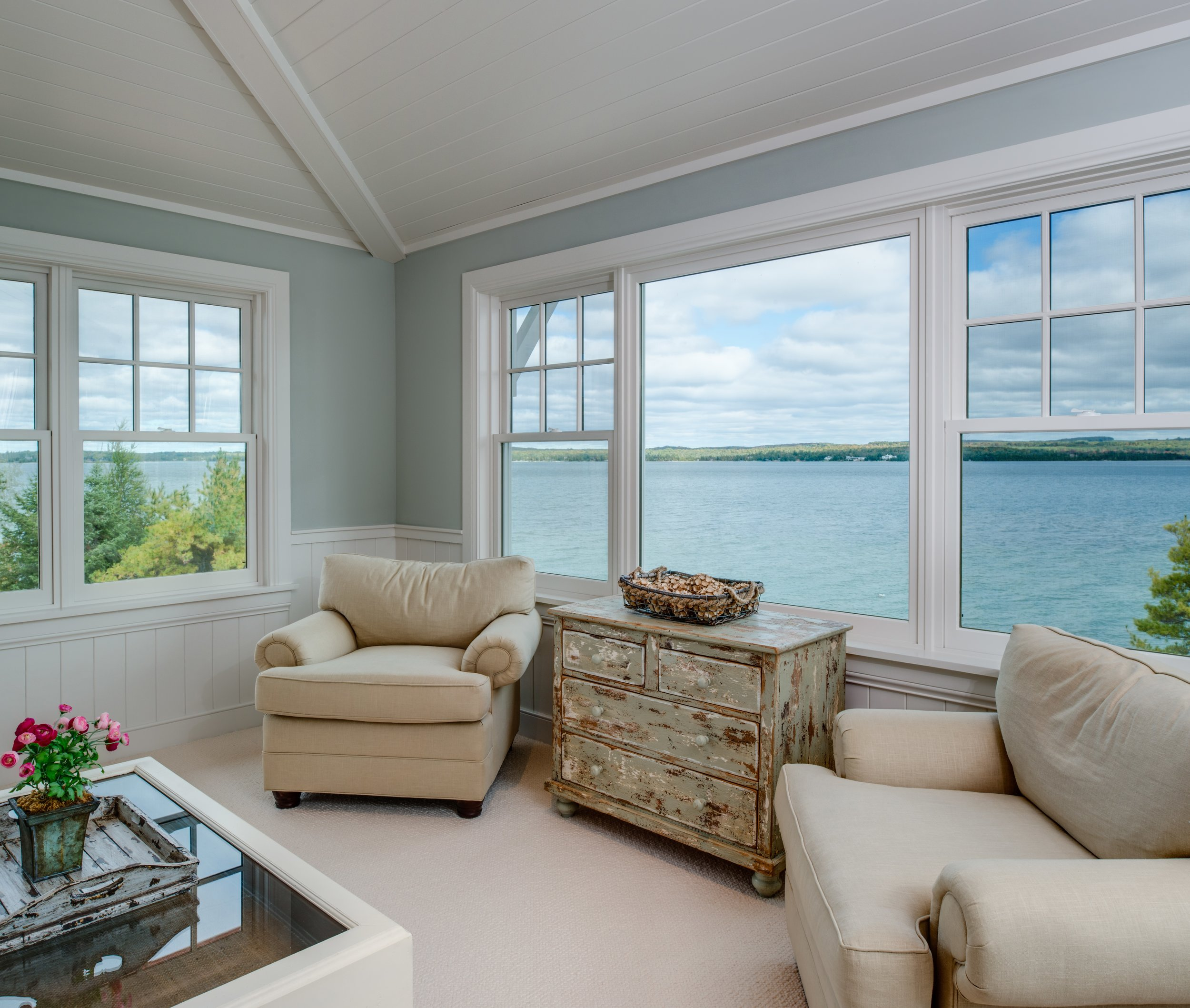 Begin the beachfront real estate, home buying, and custom home building or remodeling process in Northern Michigan. Let the best Harbor Springs, MI builder and contractor, Birchwood Construction Company lead the process.