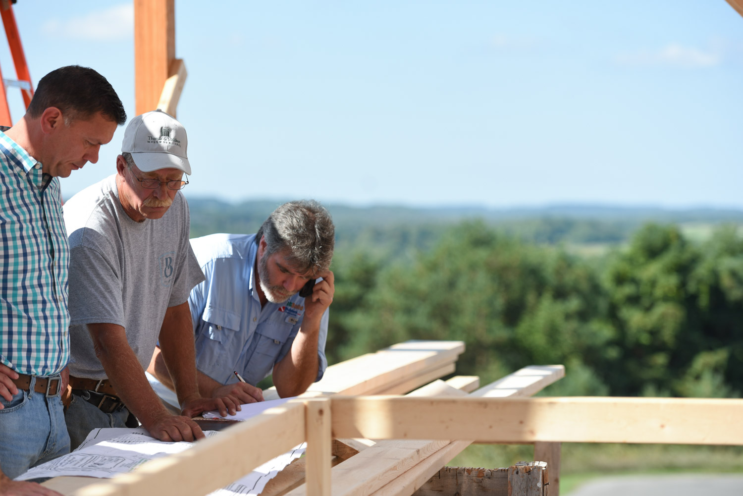 Apply to begin your residential construction, carpentry, or painting career at Birchwood Construction in Harbor Springs, MI.