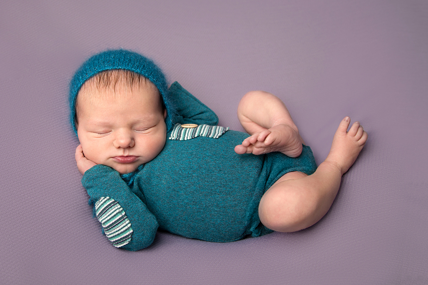 Newborn in blue and teal Elisabeth Franco Photography