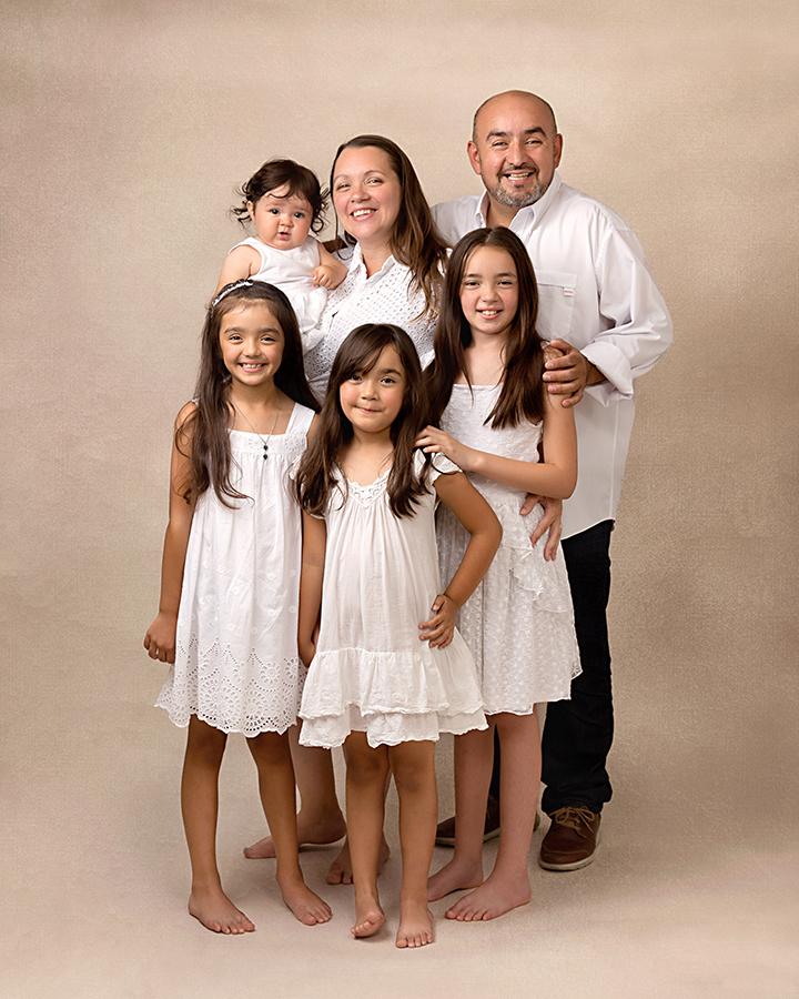 Family of 6 Gloucester photographer