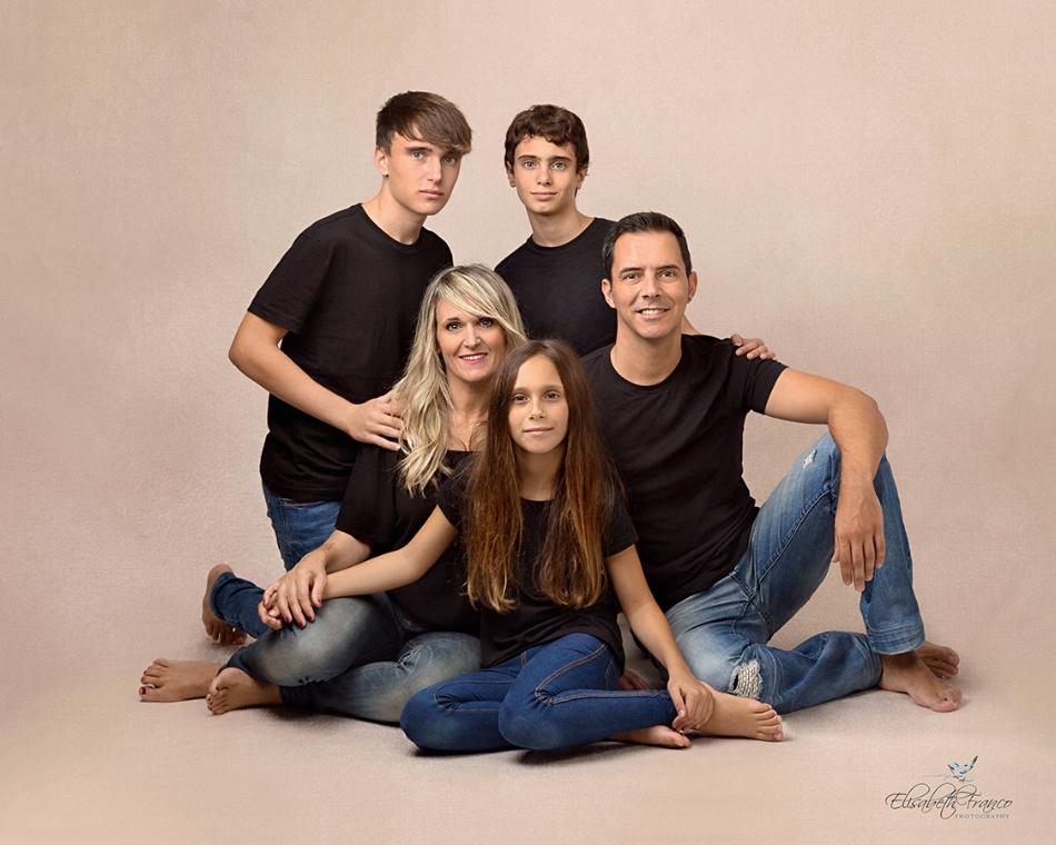 Family photographer, creating memories