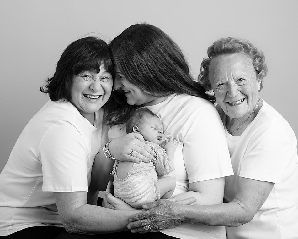 Newborn family photoshoots