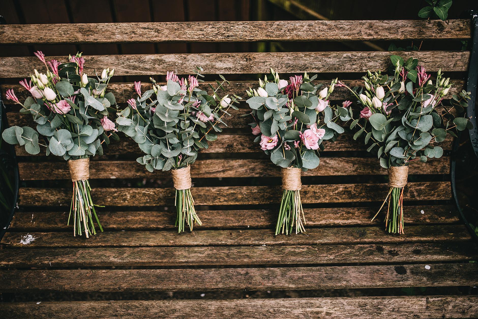 newcastle-clayshed-holly-rose-weddings-EMILYJOE_040(pp_w1880_h1255).jpg