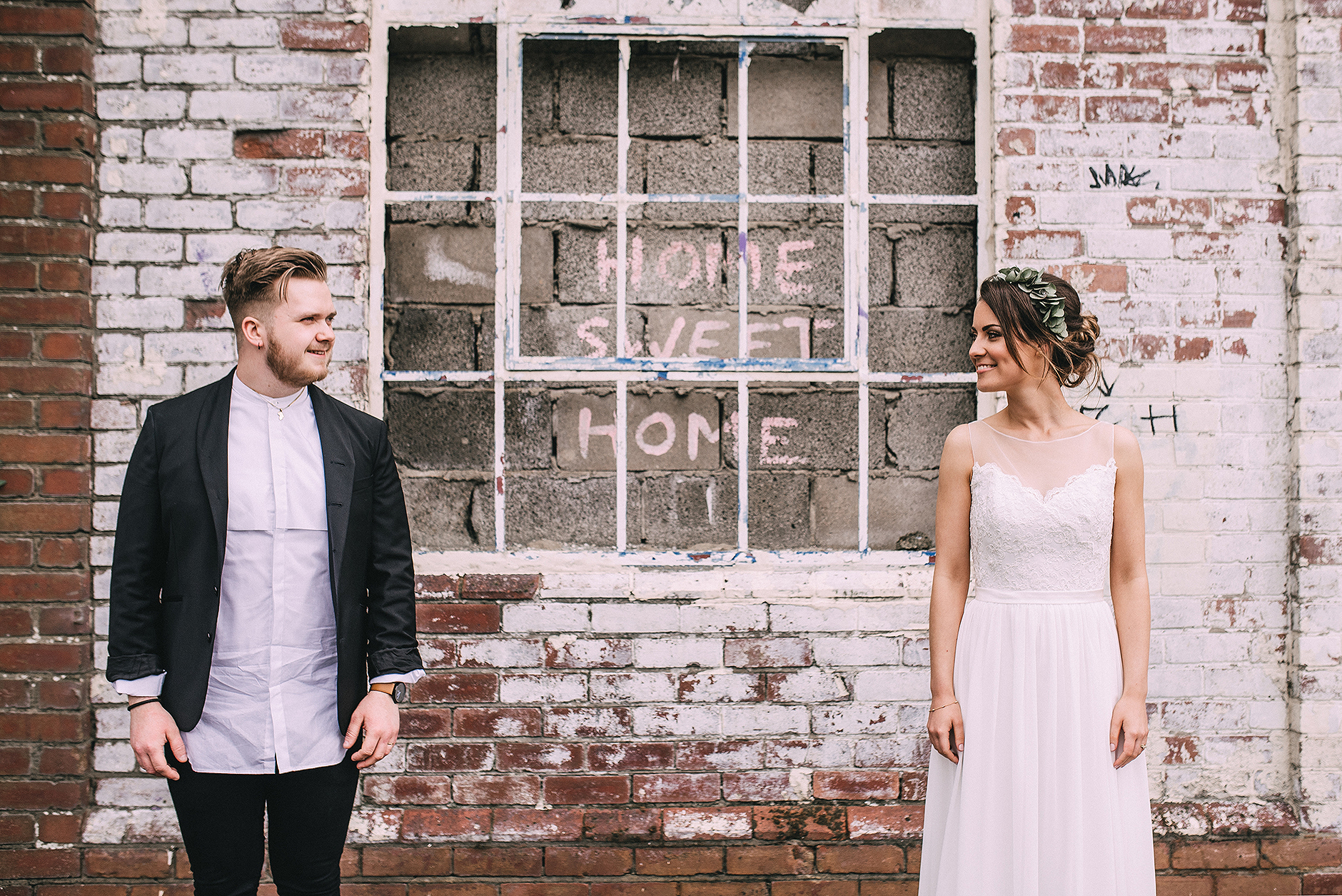 newcastle-clayshed-holly-rose-weddings-EMILYJOE_388(pp_w1880_h1255).jpg