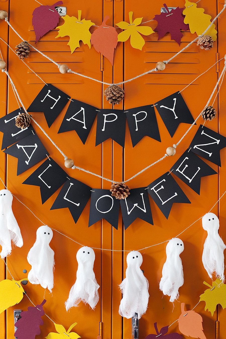 Happy-Halloween-and-Spooky-Ghosts-Easy-to-Crafts-DIY.jpg
