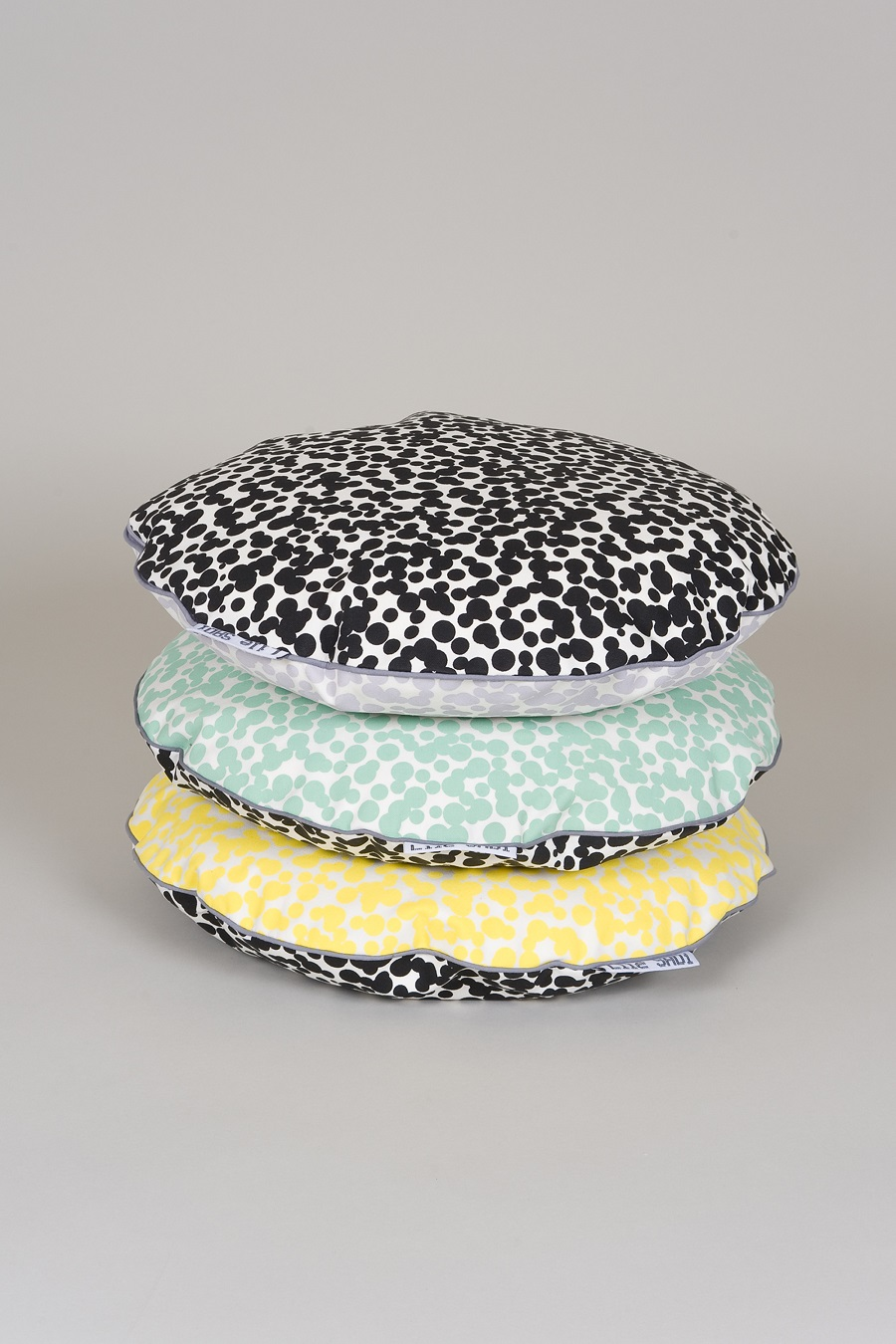 Set Dots cushions.jpg