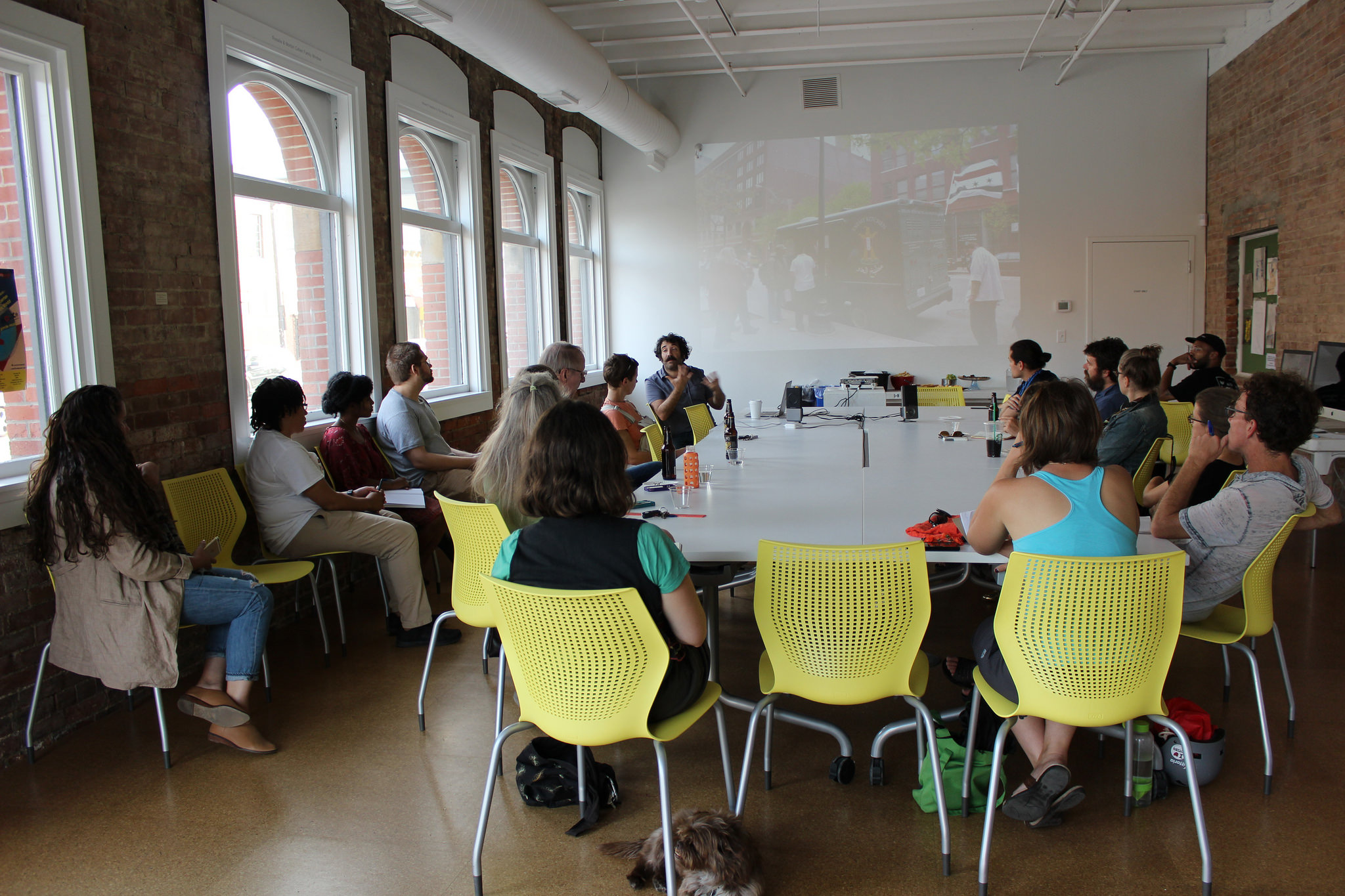A Color Removed : Letter Writing Workshop at SPACES.Image courtesy of SPACES.