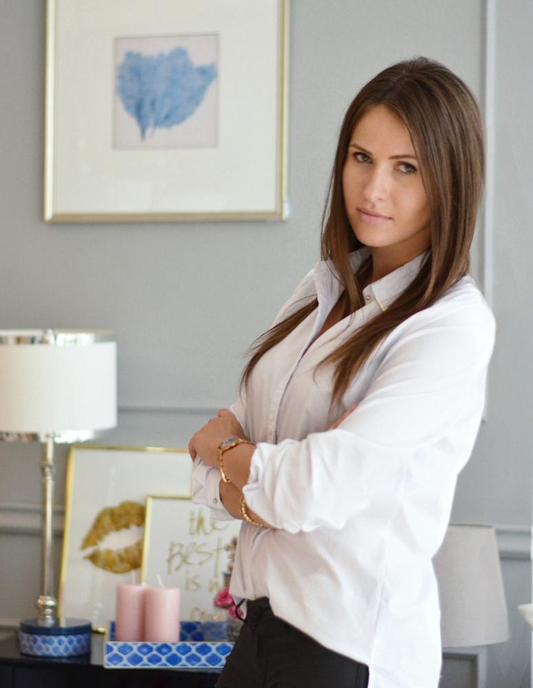 Magda Zajączkowska - od lat zawodowo zajmujesięwnętrzami -bloguje,projektuje,a ponadto jestzałożycielkąmarkiMint Grey.