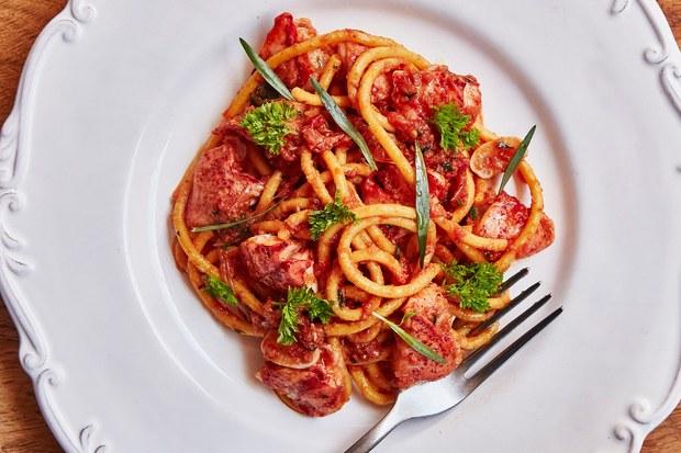 Spaghetti with Lobster Pomodoro