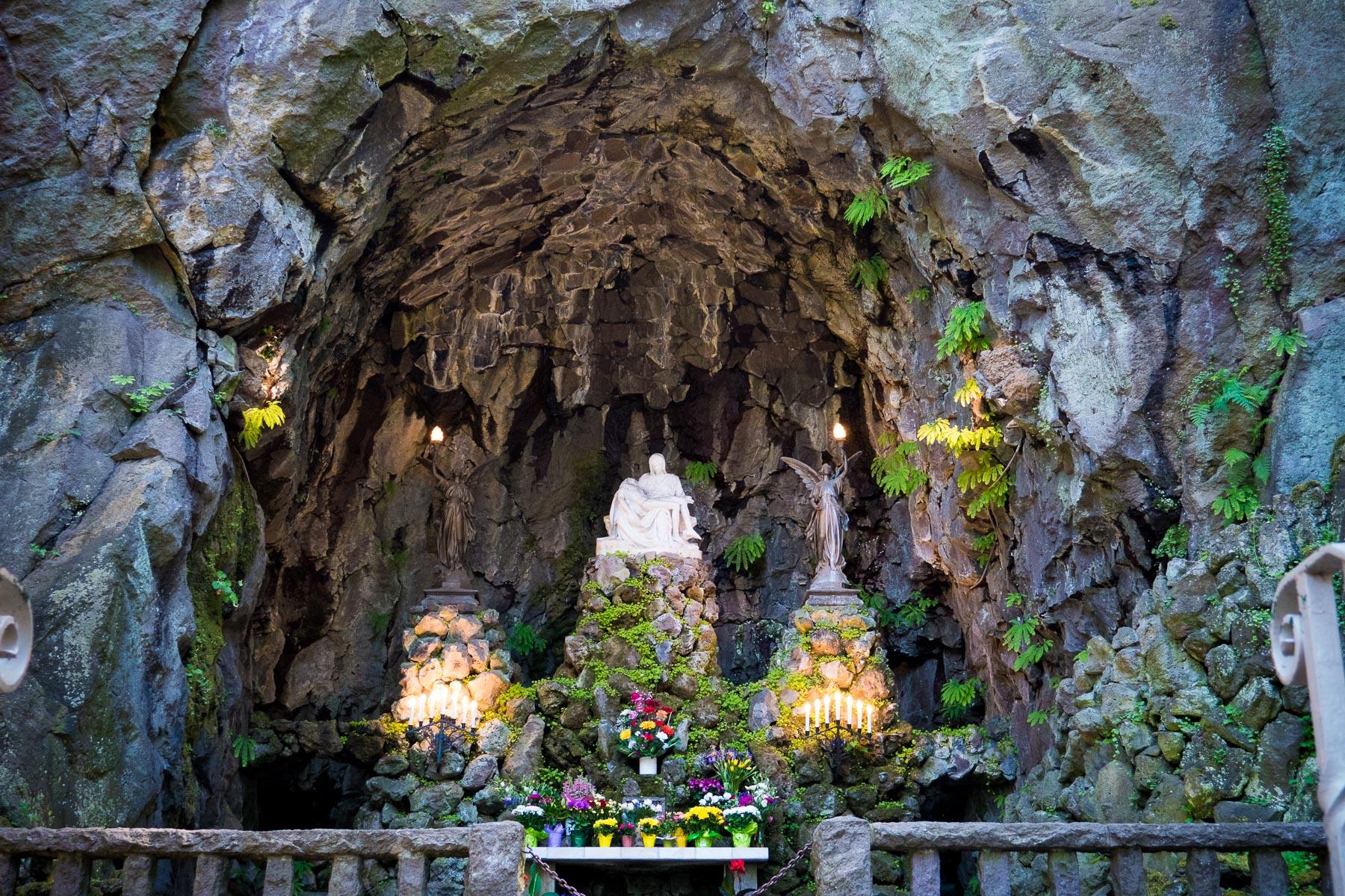 05-Trinity Grotto web-46.jpg