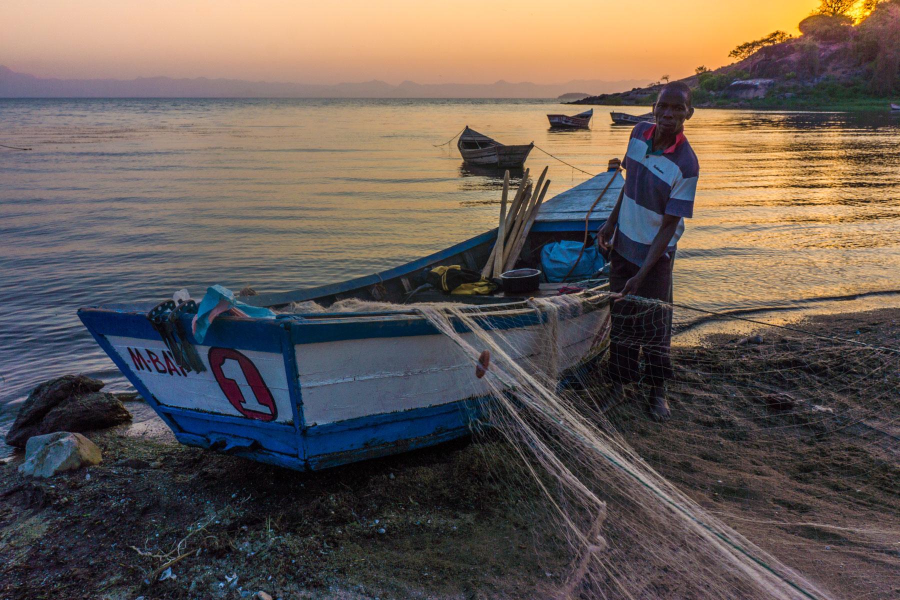 Malawi-fisherman.jpg