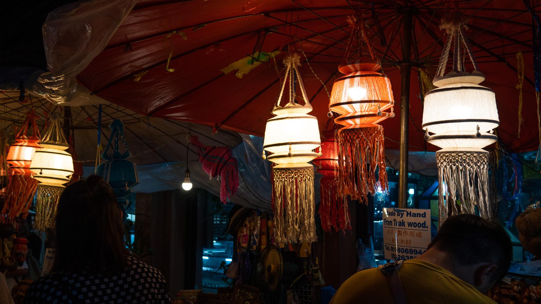08-nightmarket-3-2.jpg