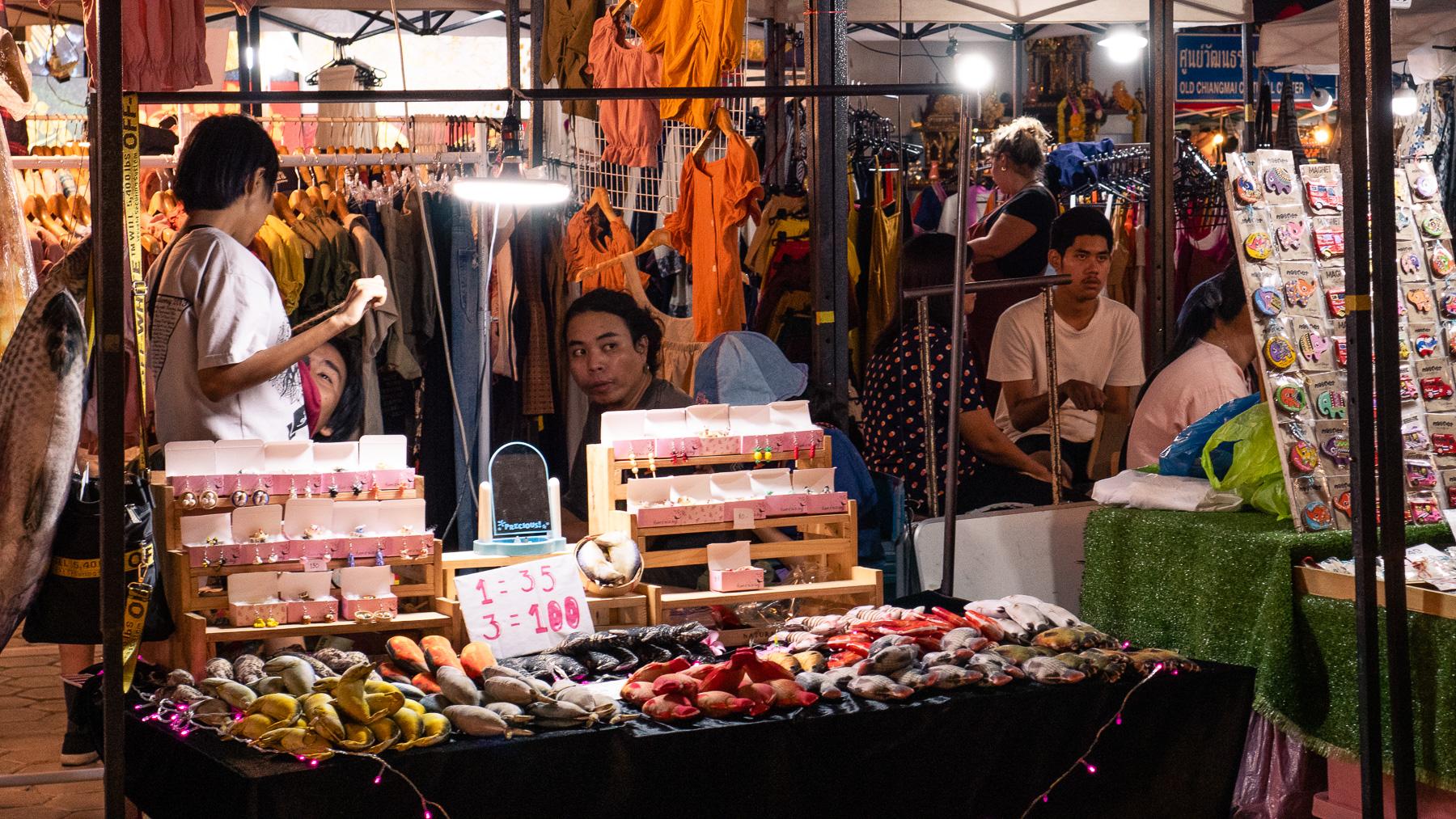 08-nightmarket-31.jpg