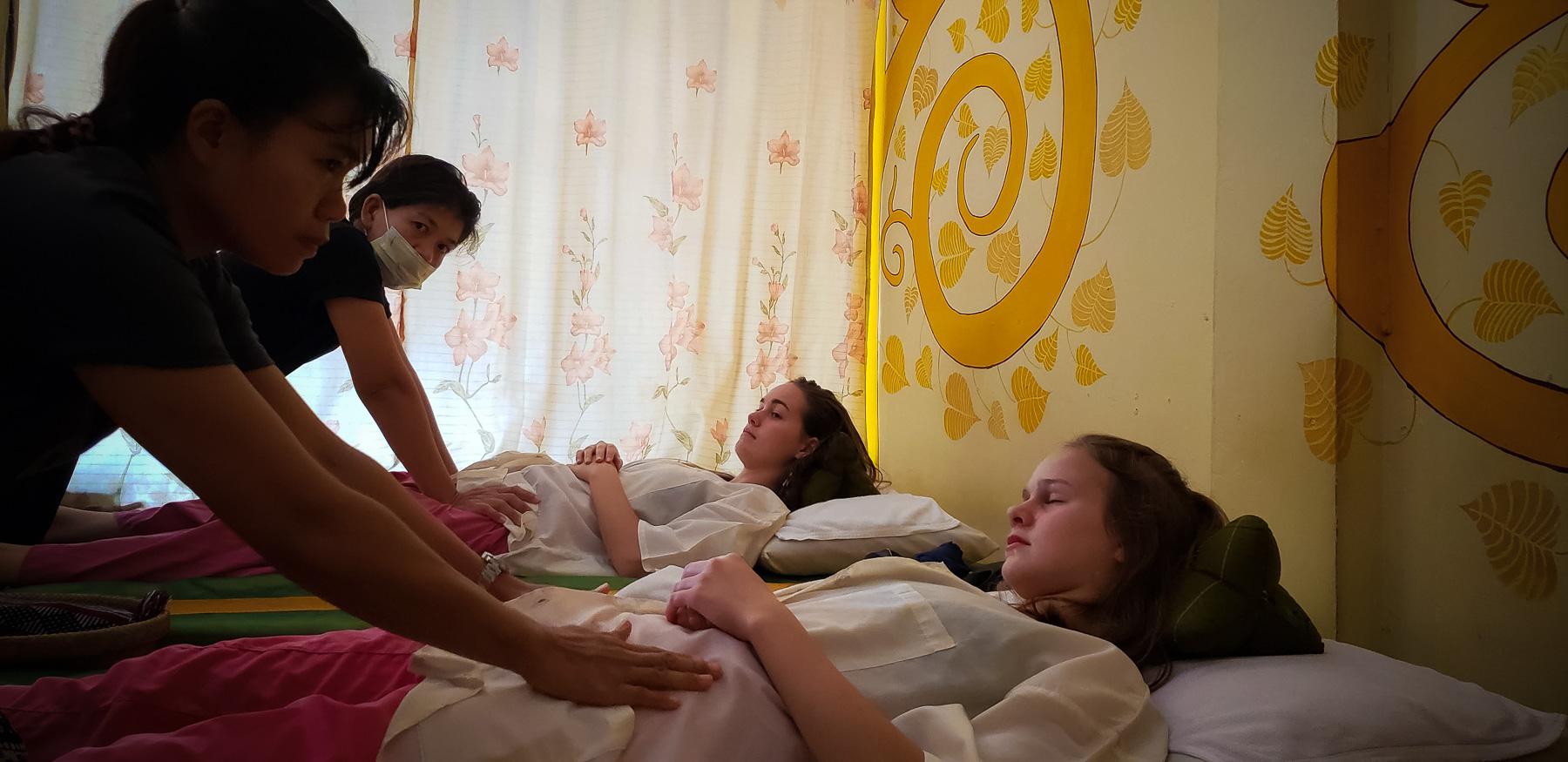 08-massages-2.jpg
