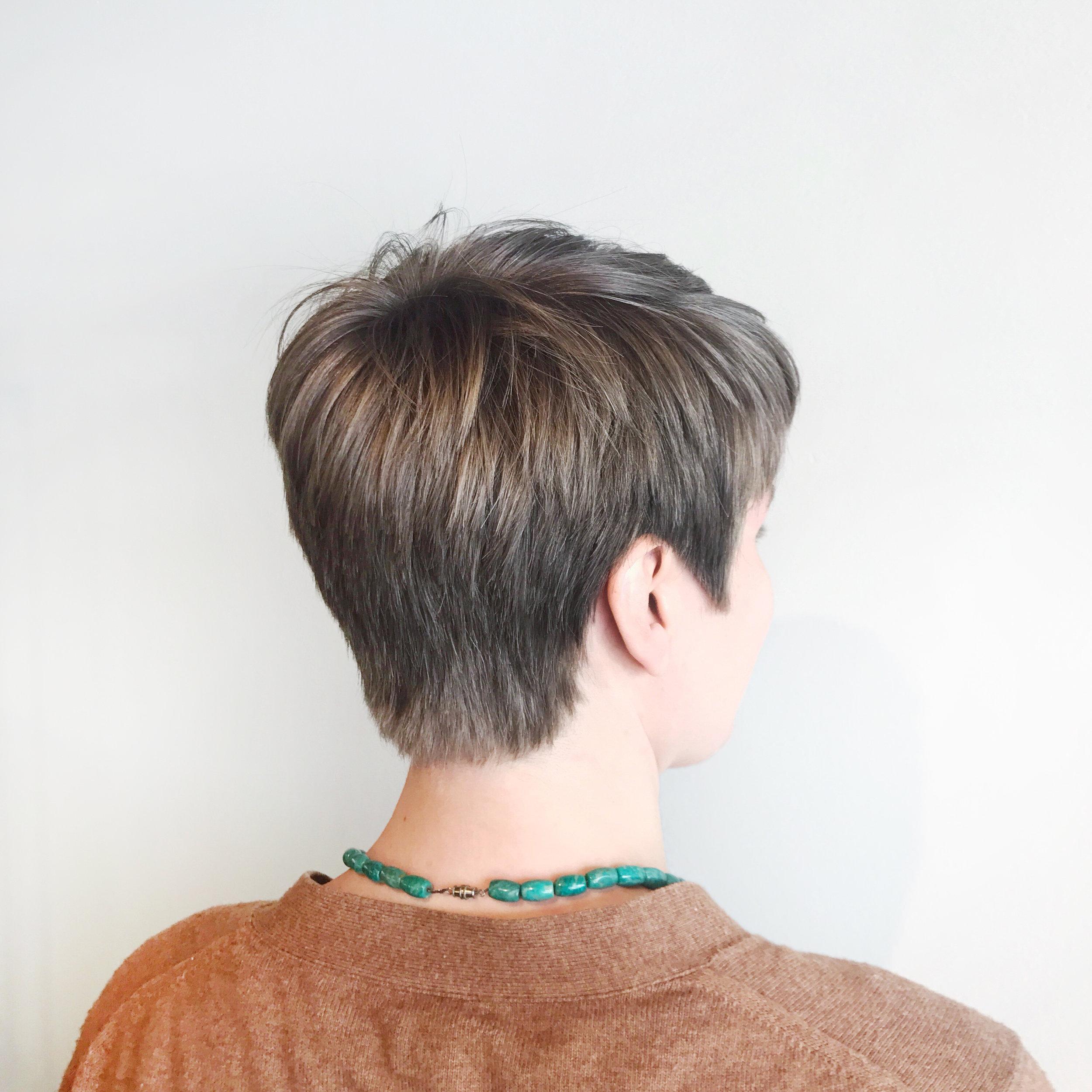 Short_hair_birch_beauty.jpg