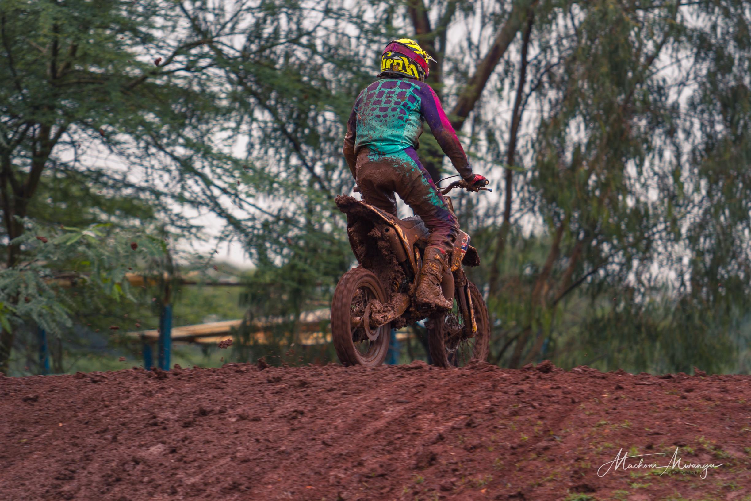 Motocross 76-1.jpg