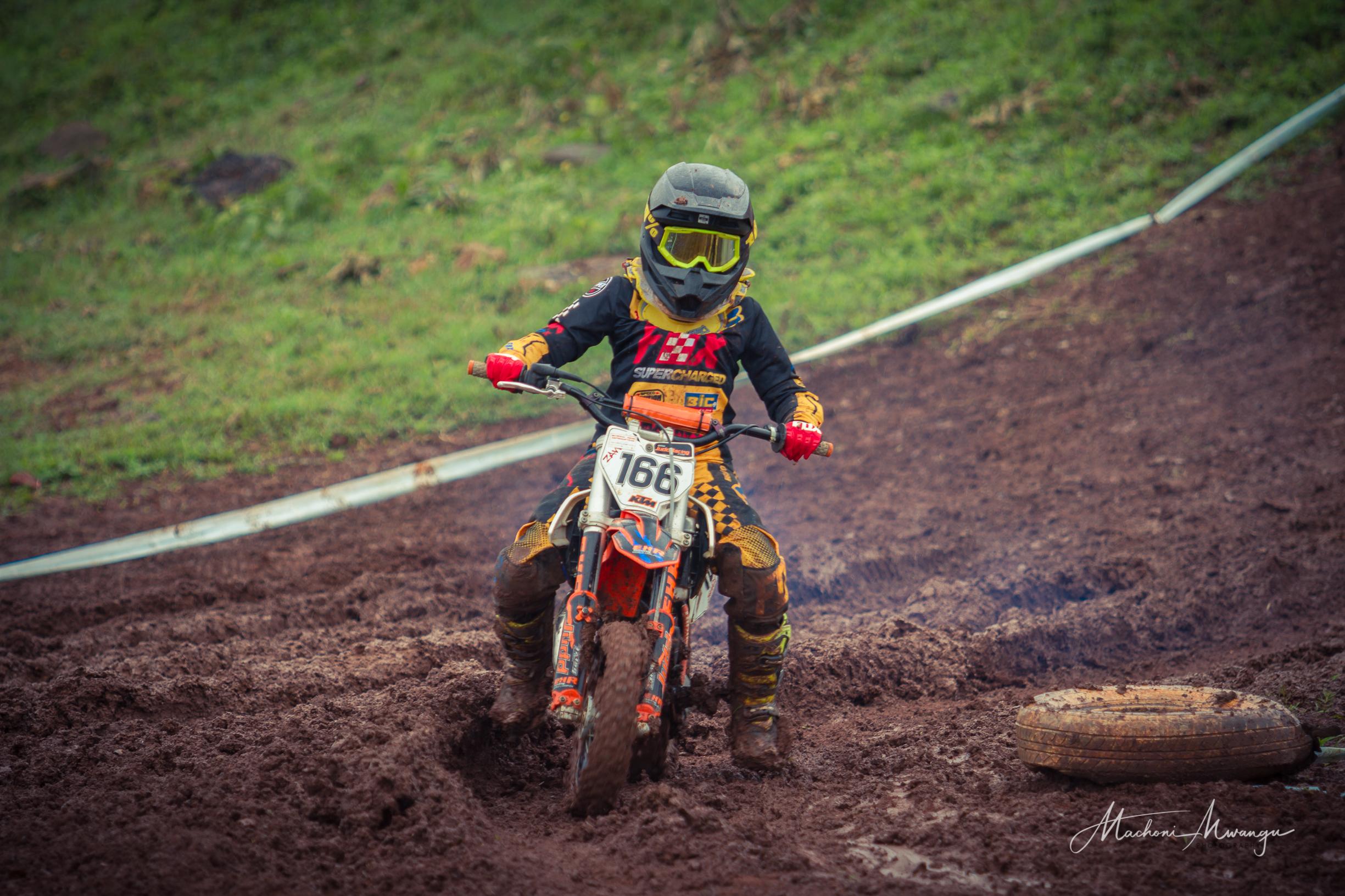 Motocross 166-1.jpg
