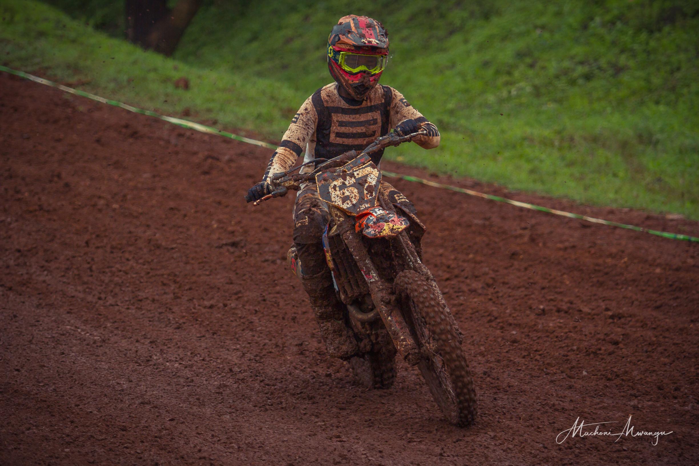 Motocross 67-1.jpg