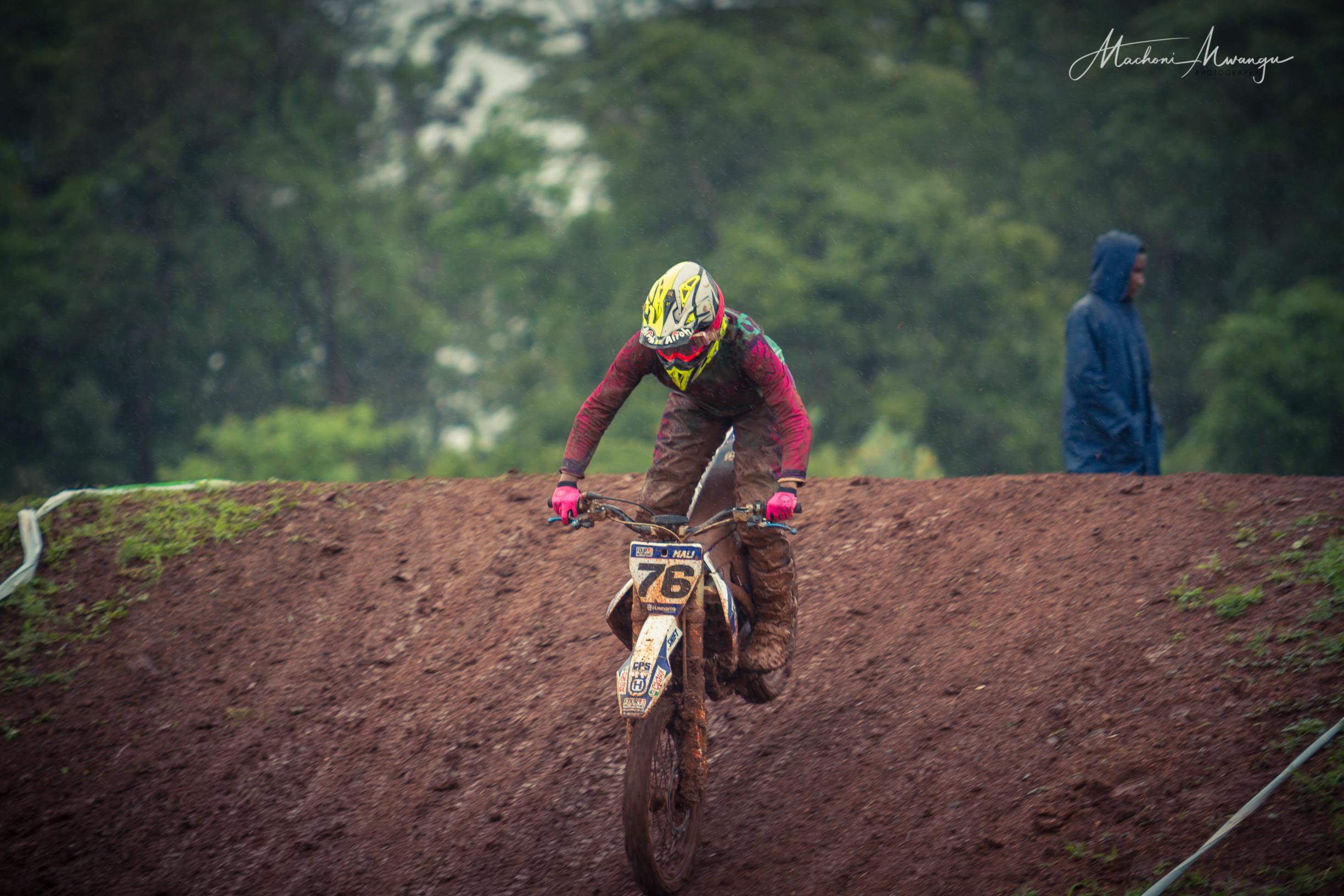 Motocross 76-1-2.jpg