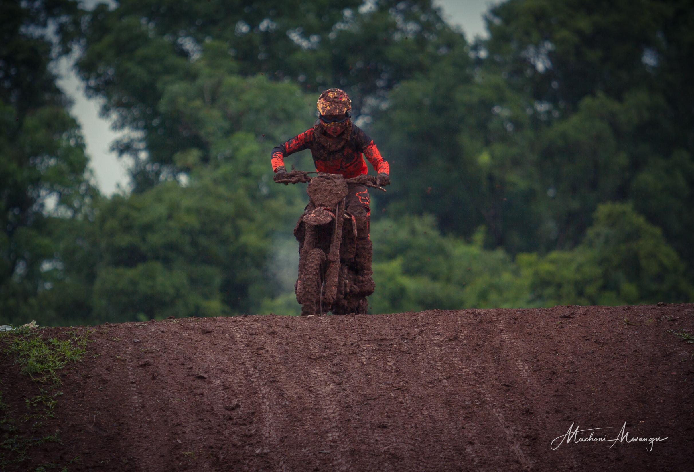 Motocross 787-1-6.jpg