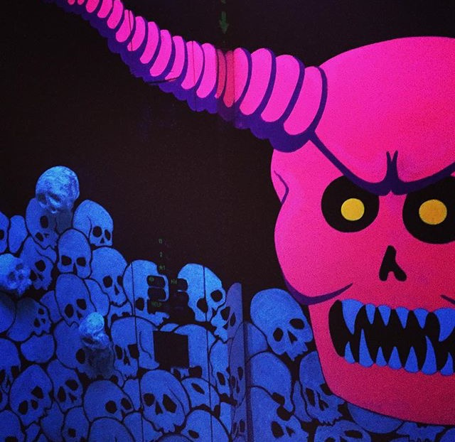 145a8e379e0e0d61-skulls5.jpg