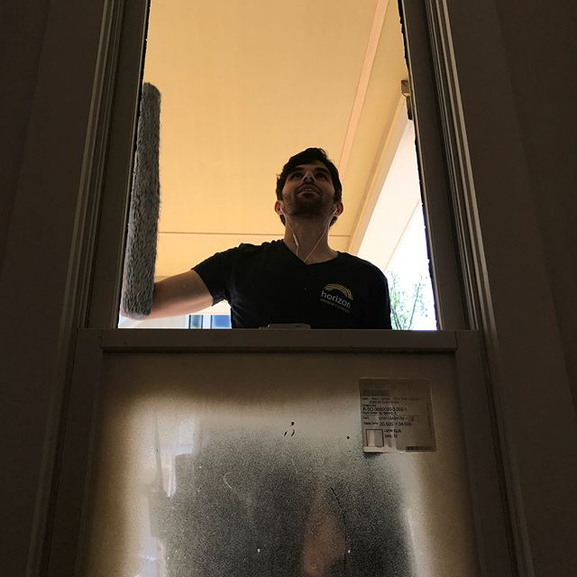 This week Geoff went to Atlanta to help out Gilbert, manager of @horizonwindowcleaning, Sunshine Window Cleanings Atlanta Branch. Nothing brings a construction job together like clean windows!