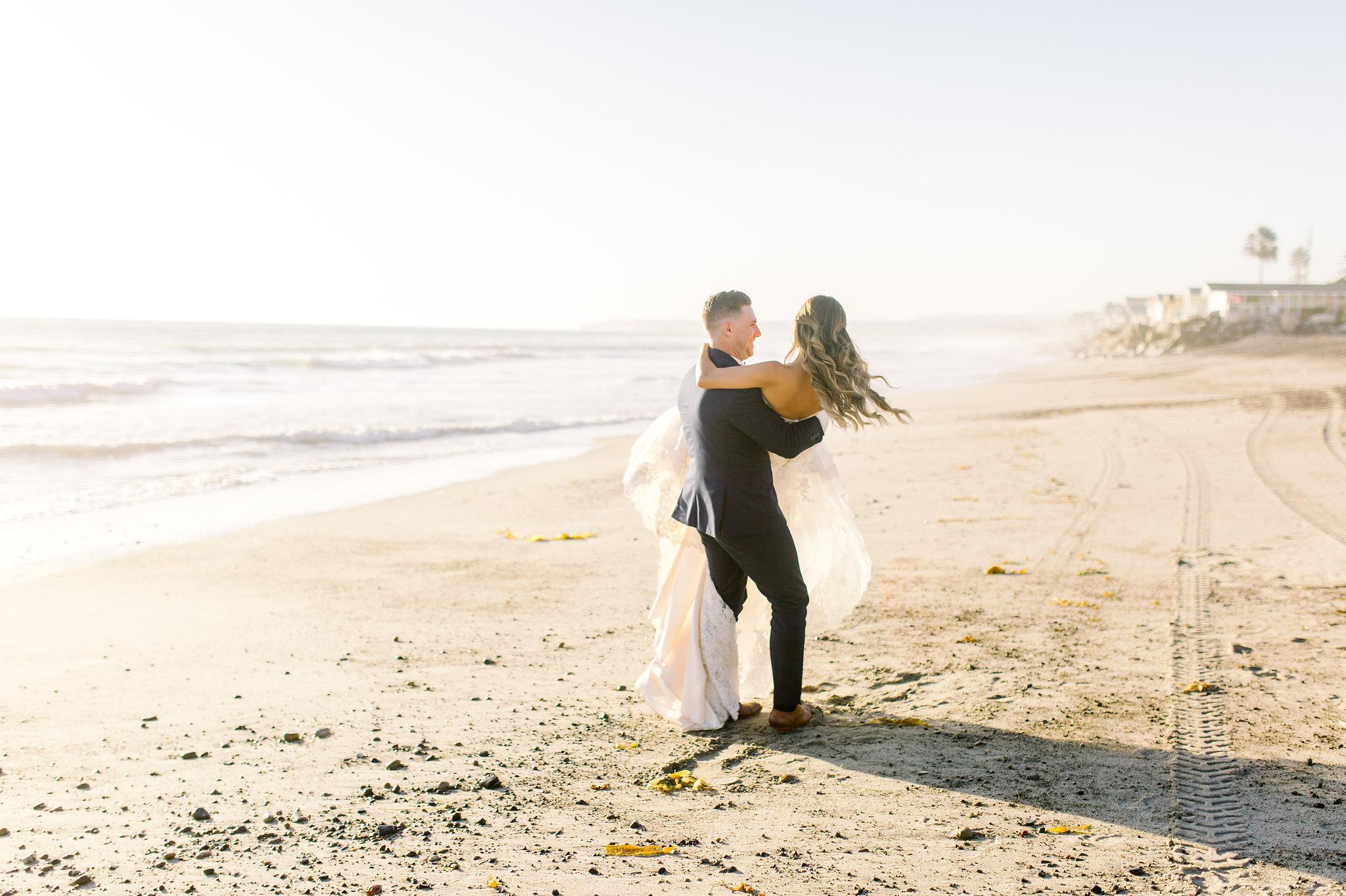 San Clemente, San clemente beach wedding, the casino san clemente, bride and groom portraits, beach portraits, san clemente wedding photo