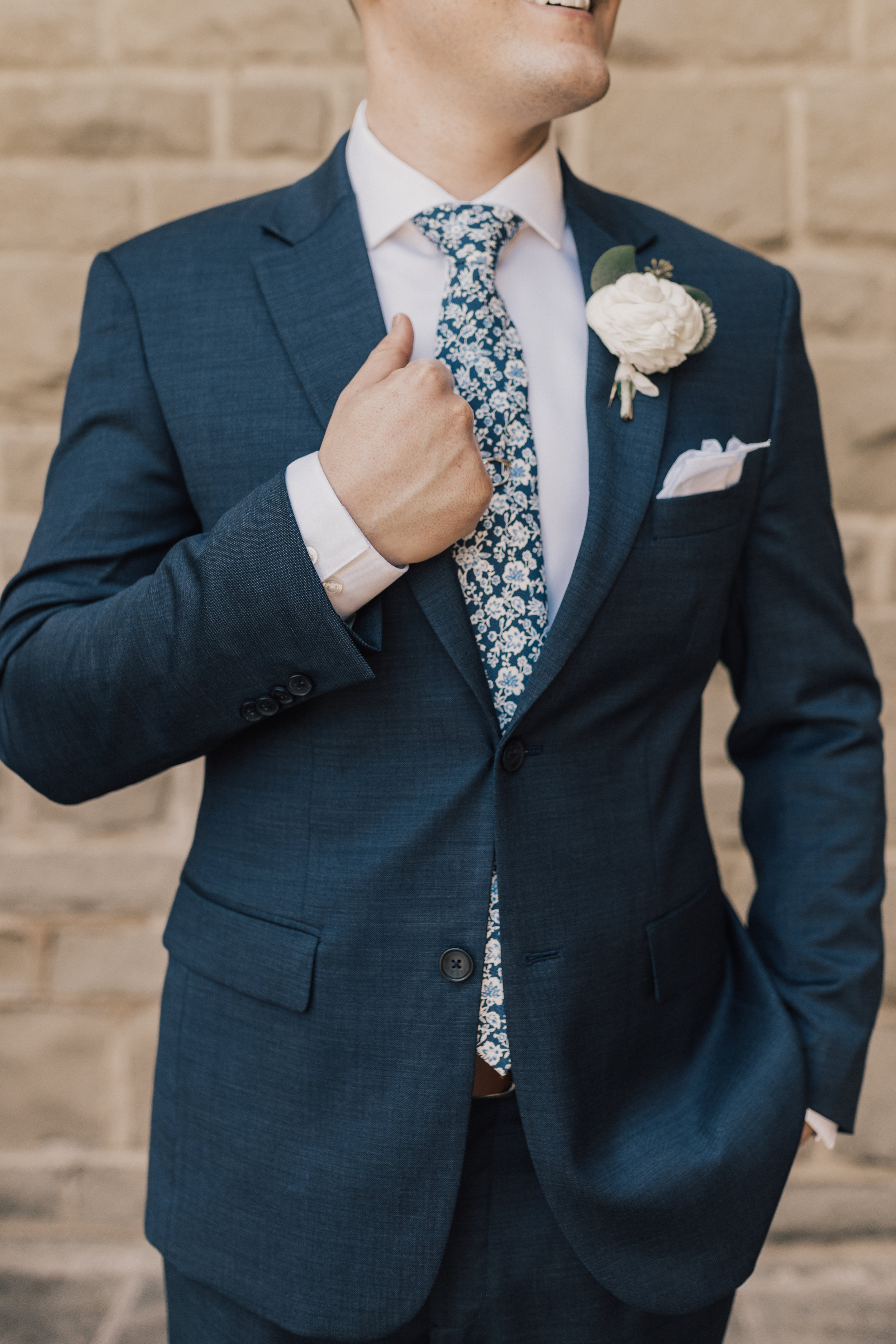 Greystone Mansion, Greystone Mansion Beverly Hills, Beverly Hills Wedding, California Estate Wedding, Navy Groom Suit ideas, Groom floral tie accent, white ranunculus boutonniere, white groom boutonniere ideas
