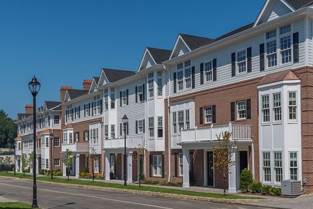 Roslyn Landing is an unprecedented condominium development, offering every amenity of metropolitan living and every luxury of Long Island's storied Gold Coast. •⠀⠀⠀ •⠀⠀⠀ •⠀⠀⠀ #townhome #luxurytownhome #villagelife #villageliving #luxuryrealestate #luxuryhomes #milliondollarlisting #luxuryliving #realestate #realtor #dreamhome #newlisting #realestateinvesting #luxuryhome #realestateagent #realestatephotography #realestatebroker #dreamhouse #realestatelife #longisland #goldcoast #roslyn #roslynvillage #DanielGaleSIR