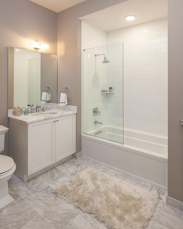 The guest bath at Roslyn Landing 😍 •⠀⠀ •⠀⠀ •⠀⠀ #KohlerIdeas #InteriorDesign #Design #GuestBath #Bath #Luxury #RealEstate #RoslynLanding #interiordesigner #interiorinspiration #interior #homedecor #decor #interiors #decoration #homedesign #house #homesweethome #interiordecor #instadecor #modern #homestyle #designer #livingroom #realestate #luxuryrealestate #luxury #NewDevelopment #DanielGaleSIR #SothebysRealty