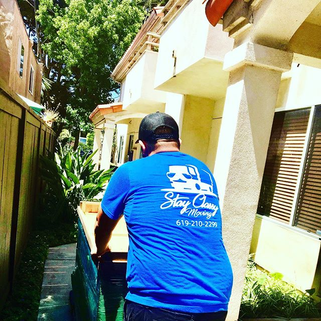 Throwback Thursday! Stay Classy Moving rolling in PB! 💪🏼👏🏼🚛🚚 🔹 🔹 🔹 #PacificBeach #PB #Apartments #BestMovingCompany #MovingTeam #Moving #MovingCompany #MovingCo #MovingSanDiego #Movers #SanDiegoMovers #SanDiego #SD #MovingSD #SDMovers #MoverNearMe #MoversNearMe #MovingRates #MoverRates