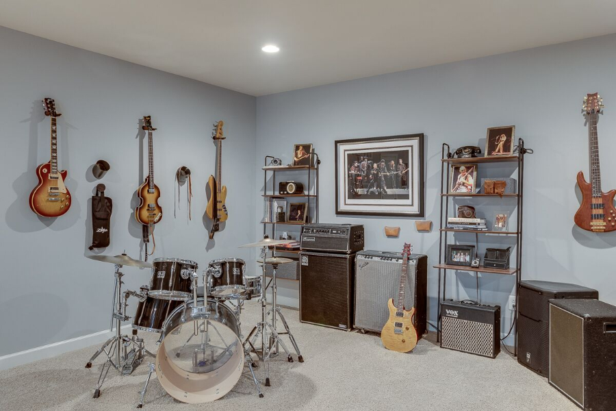 maria-causey-interior-design-dc-metro-remodel-guitars-display.jpg