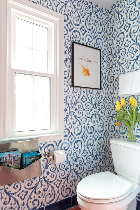 interior-design-northern-va-20105-before-bathroom-resort-retreat-blue-wallpaper