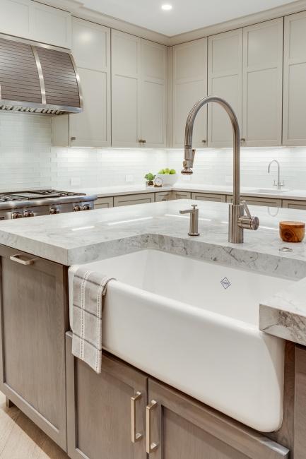 elegant-modern-kitchen-renovation-white-northern-virginia-4.jpg