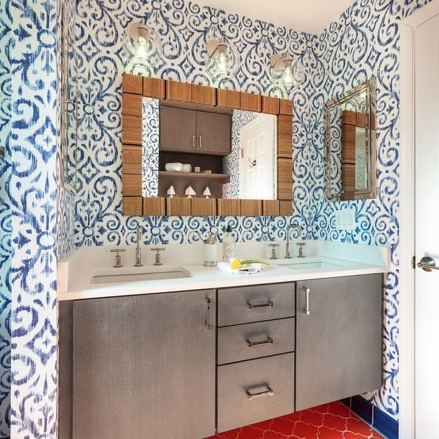 interior-design-northern-va-20105-before-bathroom-resort-retreat-blue-wallpaper-1.jpg