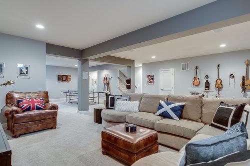elegant-interior-design-remodel-renovation-gray-white-modern-northern-virginia-35.jpg