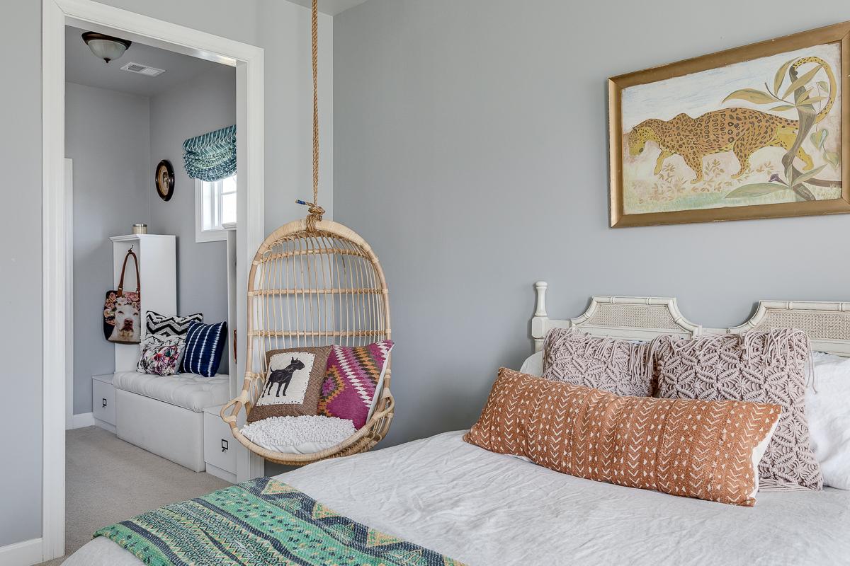 elegant-interior-design-remodel-renovation-gray-white-modern-northern-virginia-17.jpg