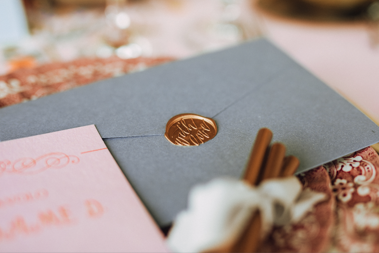 Credits  Styling & planning: Anna Trovò | @crinolinaweddings Fotografia: Matteo Rossi | @ matteorossi.ph  Set design: Anna Trovò | @crinolinaweddings Stationery: The creative design lab | @thecreativedesign_lab