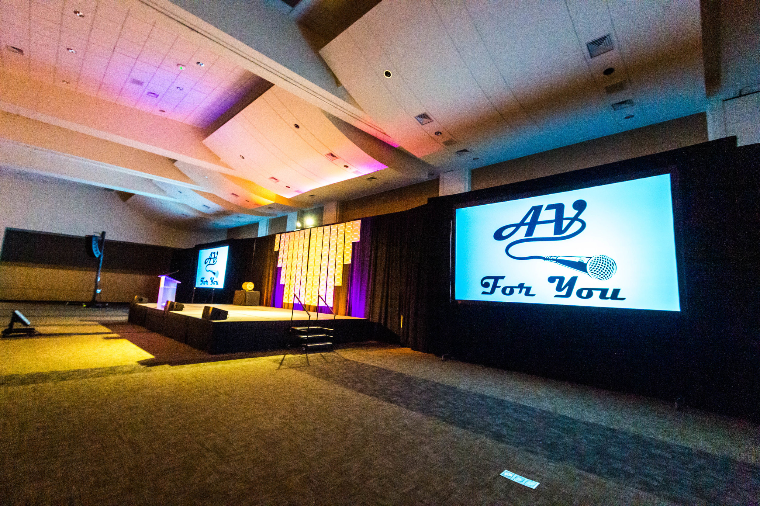 Picture of AV for You Projector and Screen Rental Equipment at the RiverCentre in St Paul