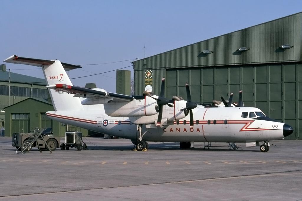 JPG1024_DHC_DHC-7_132001_8_UNK_LAHR_11-MAR-1987_CANADIANFORCES.jpg