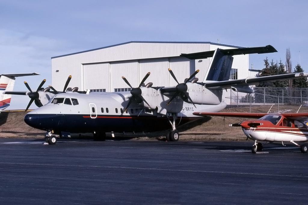 JPG1024_DHC_DHC-7_G-BRYC_54_HENRY_TENBY_CALGARY_08-NOV-1996_BRYMONAIRWAYS.jpg