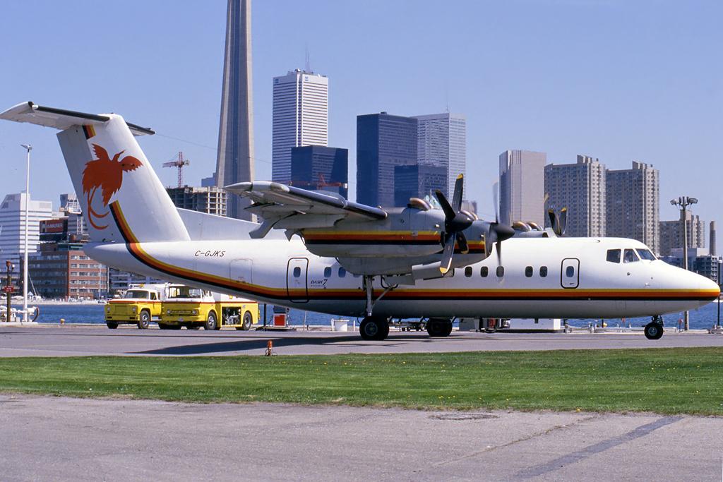 Kenneth I. Swartz/Aeromedia Communications Photo © Toronto-City Center, ON 07-May-1987