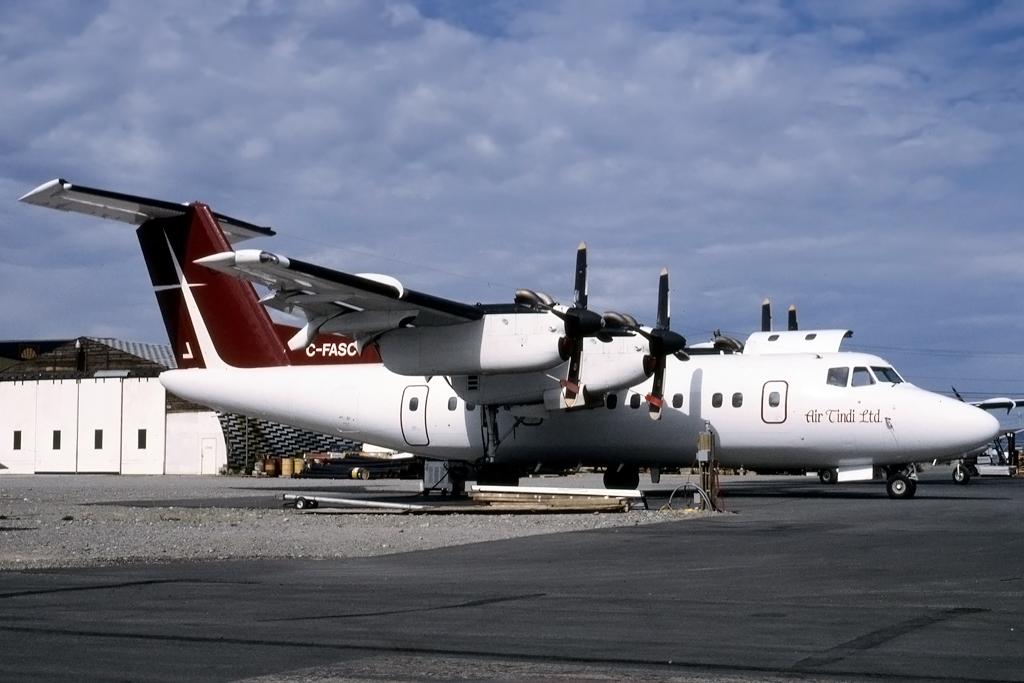 JPG1024_DHC_DHC-7_C-FASC_72_HENRY_TENBY_YELLOWKNIFE_28-JUL-1996_AIRTINDI.jpg