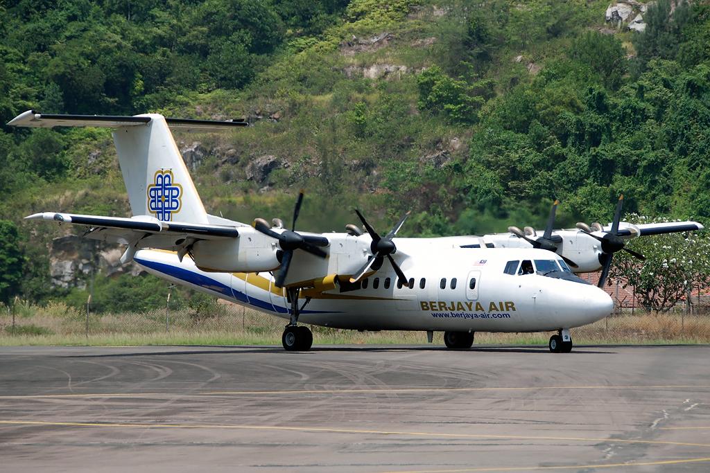 AeroIcarus Photo © Tioman Island 12-Aug-2011