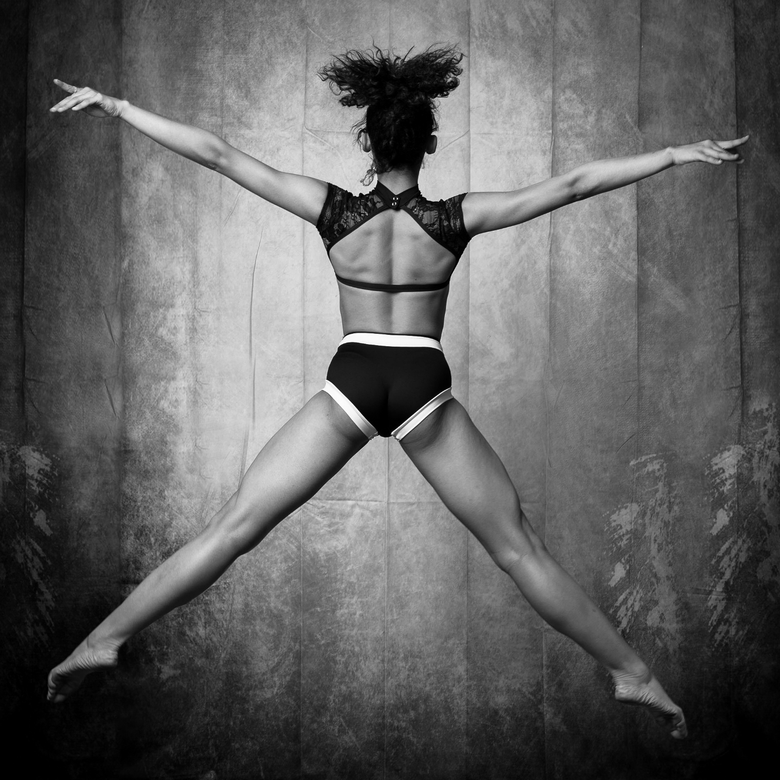 Anatomy & Physiology of Dance - Learn the basic anatomical and physiological systems used by the human body in order to achieve the grace of a dancer.Explore functional movement patterns found in dance that can help your students obtain specific goals.