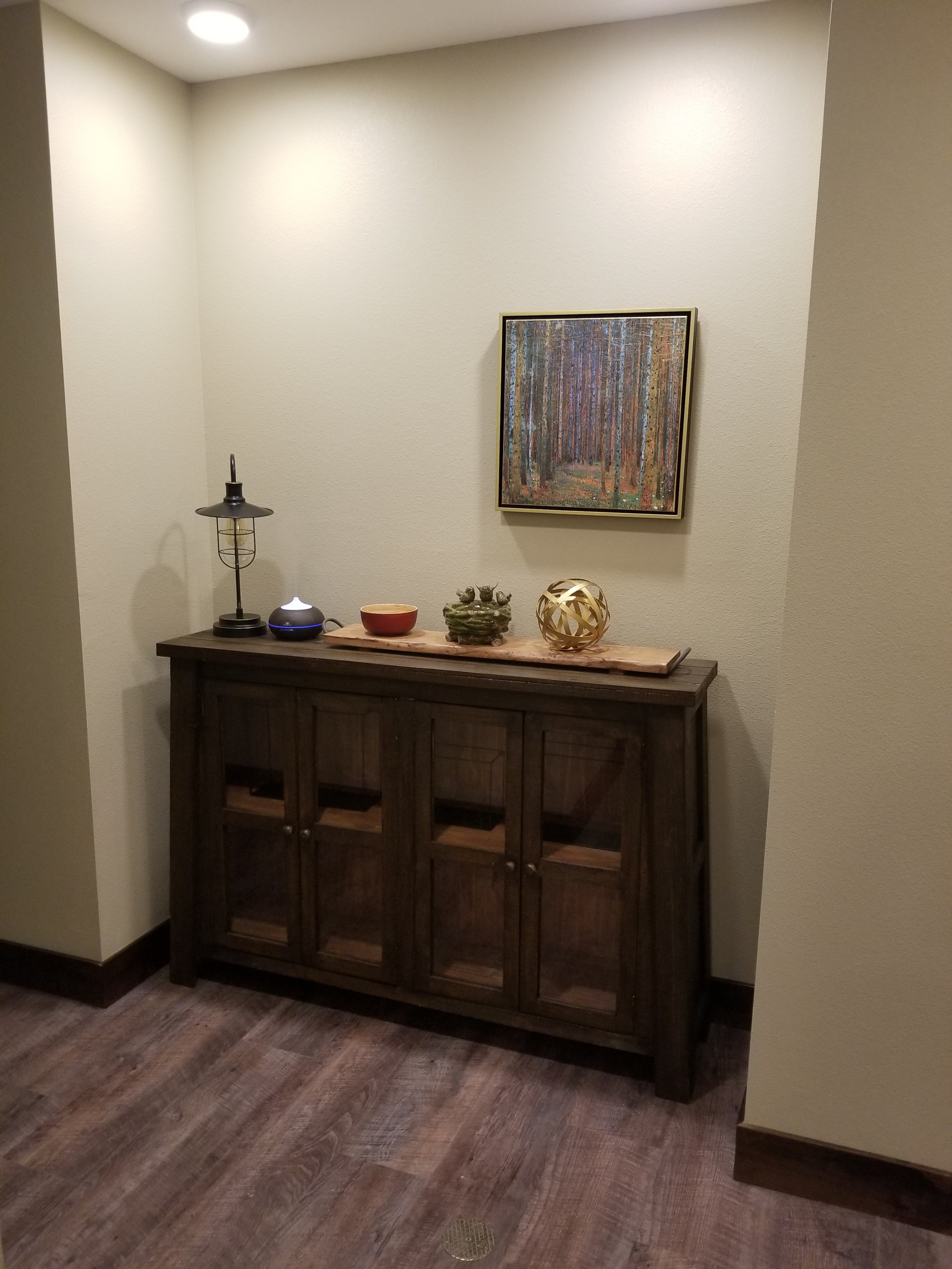 Hallway_one.jpg
